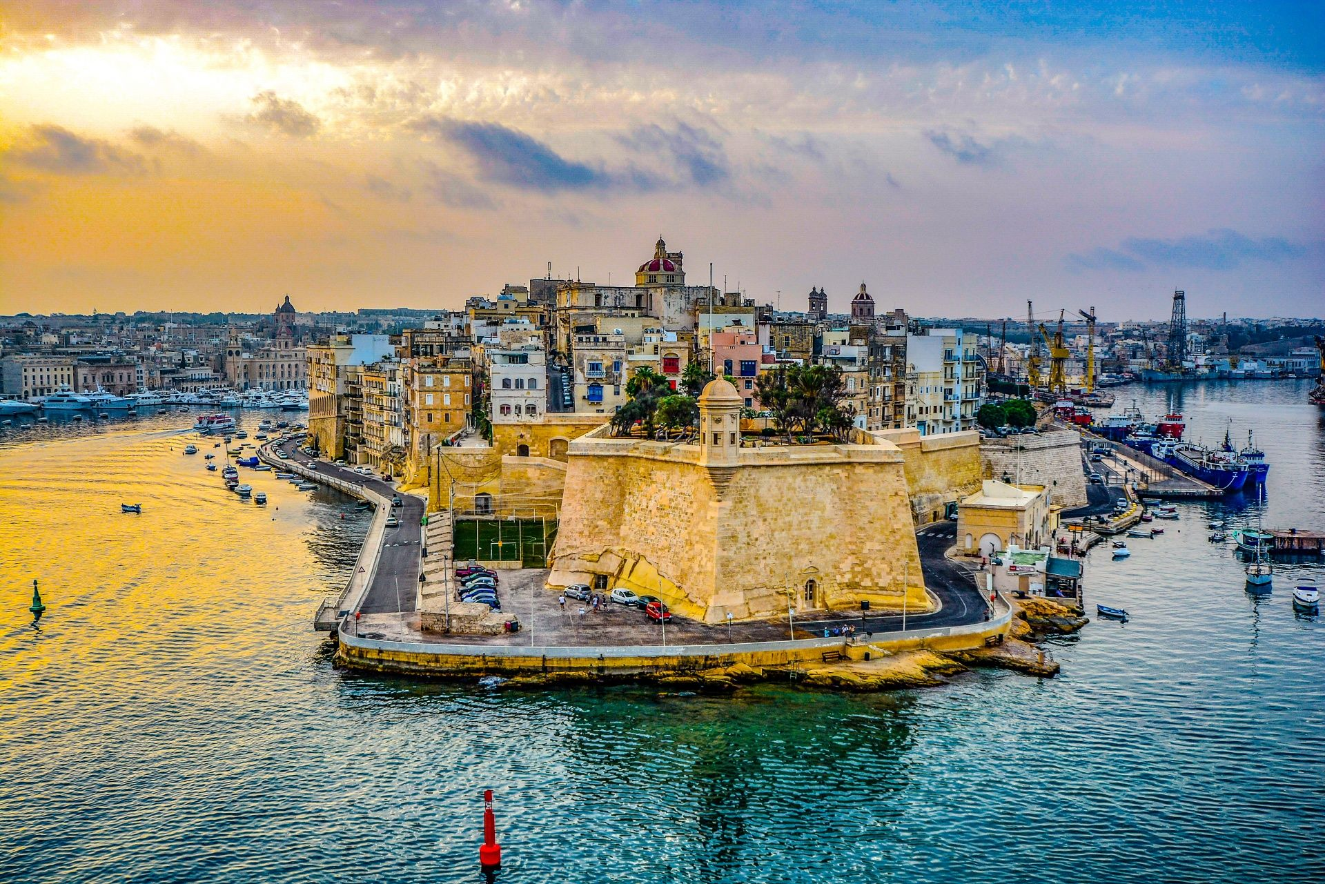 Easy Nite srl | Estate a Malta - Easy Nite srl